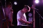 Tom Armstrong dan gitarnya Foto:. Erin Muda